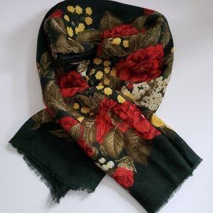 100% Lana-Wool Wrap Shawl Scarf Green Floral
